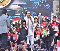 صور| مصطفى كامل يُشعل احتفالية أعياد الشرطة بالأغاني الوطنية