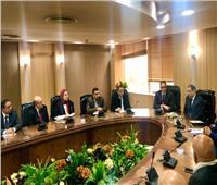 وزير السياحة والآثار يعقد لقاء موسع مع قيادات الهيئة العامة للتنمية السياحية