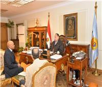 محافظ أسيوط يبحث مع وكيل وزارة الزراعة منظومة كارت الفلاح