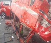 مصرع شخص وإصابة 12 آخرين في انقلاب سيارة برأس غارب
