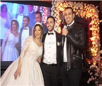 صور| الليثي يحتفل بزفاف «محمود وسارة»