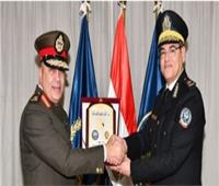 اللواء أحمد إبراهيم يؤكد على الترابط بين أكاديمية الشرطة والكلية الحربية