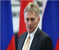 الكرملين: روسيا قلقة بشدة من هجمات على قوات الحكومة السورية