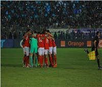 قناة الأهلي: لاعبو المارد الأحمر لم يغادروا الملعب حتى الآن