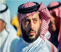 تركي آل الشيخ يكافئ لاعبي الأهلي