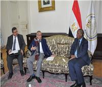 نائب وزير التعليم يلتقي سفير جيبوتي لبحث سبل التعاون