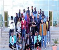 رئيس جامعة السويس يستقبل الطلاب المشاركين في الملتقى الأول للوافدين