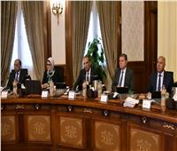 وزير النقل يستعرض الإجراءات المبذولة حتى الآن في تنفيذ مشروع «المونوريل»