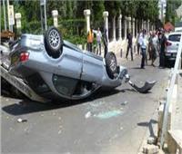 بالأسماء.. إصابة 10 أشخاص في انقلاب سيارة بقنا