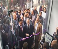 وزير الاتصالات ومحافظ الدقهلية يتفقدان مشروعات التحول الرقمي