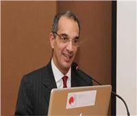 وزير الاتصالات: المصرية للاتصالات تدرس البدائل المتاحة حول حصتها في فودافون مصر
