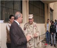 صور| رئيس جامعة الأزهر يتفقد طلاب التربية العسكرية