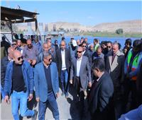 وزير النقل يتابع معدلات تنفيذ محوري ديروط وسمالوط على النيل