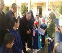 مدير تعليم الإسماعيلية يتفقد عدد من المدارس في أول أيام الترم الثاني