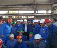 وزير قطاع الأعمال يزور 3 شركات بالصناعات معدنية لبحث سبل تطويرها