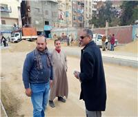 رئيس حي شرق مدينة نصر يتابع أعمال تطوير مدخل عزبة الهجانة