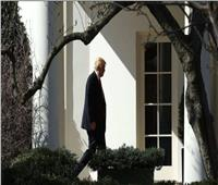 قال إنه يريد قتل ترامب.. اعتقال رجل يمسك سكينا خارج البيت الأبيض
