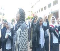 إصابة معلمتين باختناق عقب عبث الطلاب بطفايات الحريق في كفر الشيخ