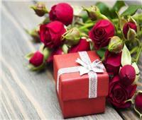 «نفسنة» الفلانتين على فيسبوك.. مصريون يسخرون من أسعار هدايا عيد الحب