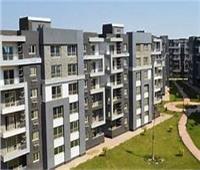 المجتمعات العمرانية: سوق تجارية وملعب ثلاثي بالإسكان الاجتماعي في حدائق أكتوبر