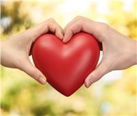 عيد الحب| «صادقة أم مزيفة؟».. 10 علامات تكشف مشاعر الطرف الآخر