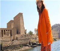 الفنانة فيكتوريا أبريل من معبد فيلة: مصر لها مكانة خاصة في قلبي