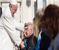البابا فرنسيس يوجه رسالة بمناسبة اليوم العالمي للمريض