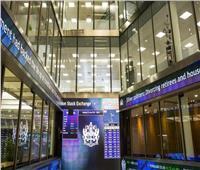 مؤشر الأسهم البريطانية يغلق على ارتفاع بنسبة 0.47 %
