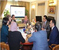 وزير التعليم العالي يبحث فرص التعاون العلمي والبحثي مع ممثلي البنك الدولي