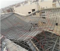 صور| إزالة شدة خشبية لدور مخالف بقطعة أرض سكنية بمدينة الشروق