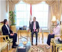 وزير الاتصالات يجتمع مع «رئيس الاستثمار» لبحث ميكنة خدمات الهيئة