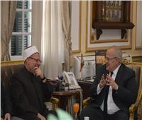 «الخشت» يستقبل مفتي الجمهورية لمناقشة قضايا التجديد والتعاون العلمي