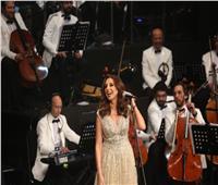 صور  أنغام تتالق بـ24 أغنية في «عيد الحب» بالأوبرا