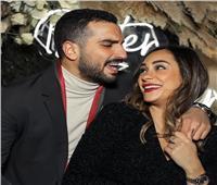 بهذه الطريقة احتفل محمد الشرنوبي مع خطيبته بعيد الحب