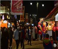 صور| سكان «الدقي وشيراتون وطنطا» يحتفلون بالفلانتين في شارع 306