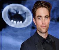 النجم البريطاني روبرت باتينسون يختبر الكاميرا استعدادا لبطولة فيلم «باتمان»