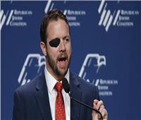 نائب أمريكي يحذر من تهريب إيران الأسلحة إلى الحوثيين باليمن