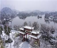 شاهد| الثلوج تتساقط على مدينة ووهان الصينية بؤرة «فيروس كورونا»