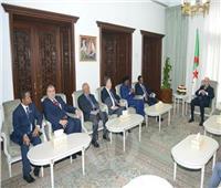 الرئيس الجزائري يستقبل الولاة في ختام اجتماعهم بالحكومة