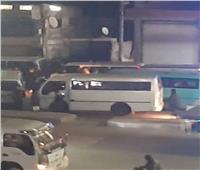 """سائق ميكروباص يتسبب في توقف طريق """"طنطا إسكندرية"""" لأكثر من ٧٠ دقيقة"""