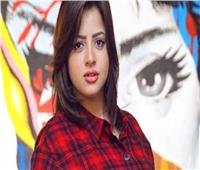 «ادعم منى فاروق» .. 7 نجوم يتعاطفون معها أبرزهم شريف منير وريم البارودي