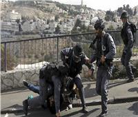 فيديو| اعتقال شابة فلسطينية في القدس المحتلة