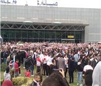 وصول لاعبو الزمالك بكأس السوبر للقاهرة