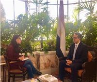 «العناني» يبحث سُبل التعاون السياحي مع وزيرة الثقافة اليونانية