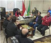 رئيس مدينة قها تعقد لقاء جماهيري مع الأهالي لسماع شكواهم
