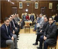 محافظ المنوفية يستقبل وفد البنك الأهلي المصري ومؤسسة مصر الخير