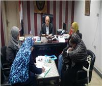 رئيس حي شرق شبرا الخيمة يلتقي المواطنين لحل مشاكلهم