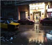 صور| أمطار رعدية غزيرة.. الطقس السيئ يضرب الإسكندرية من جديد