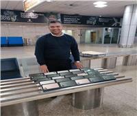 إحباط محاولة تهريب 25 آيفون بمطار القاهرة الدولى