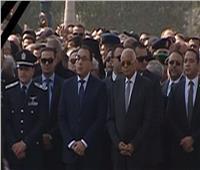 جنازة مبارك  رئيس الوزراء يصل مسجد المشير